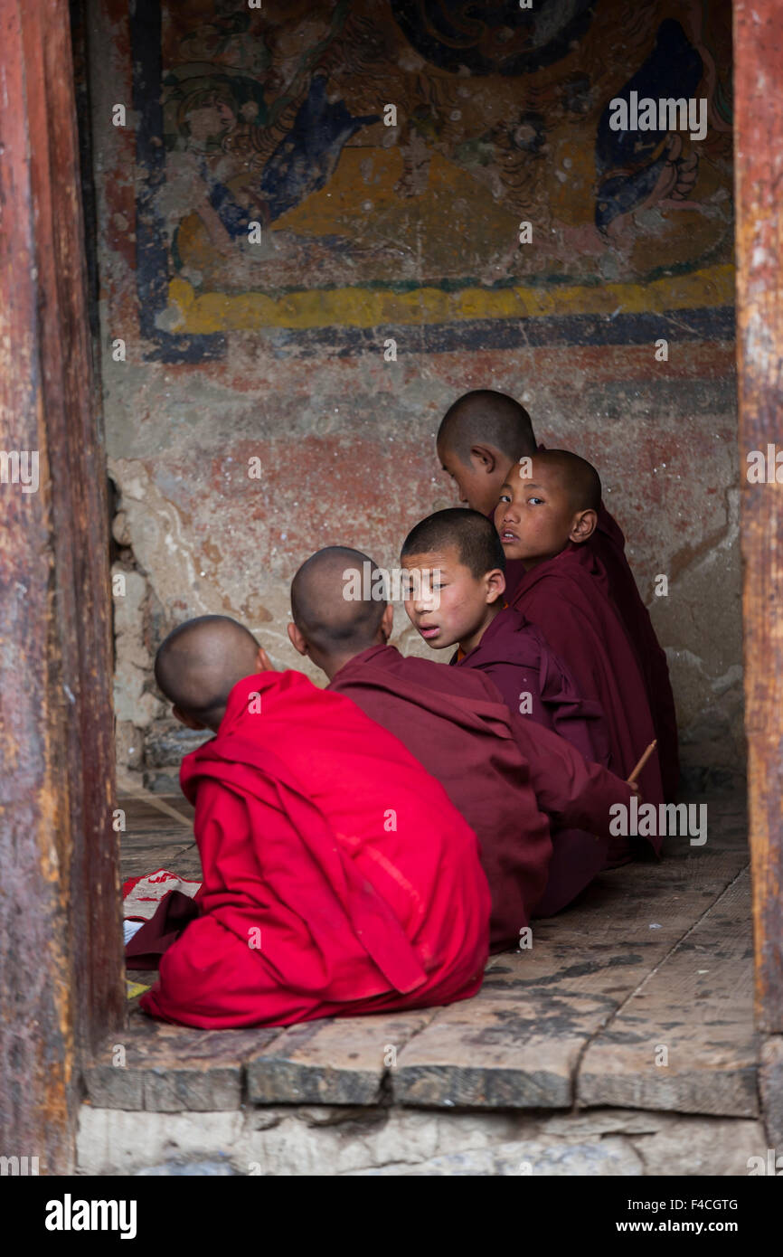 Young monks at a Buddhist monastery, Bhutan. - Stock Image