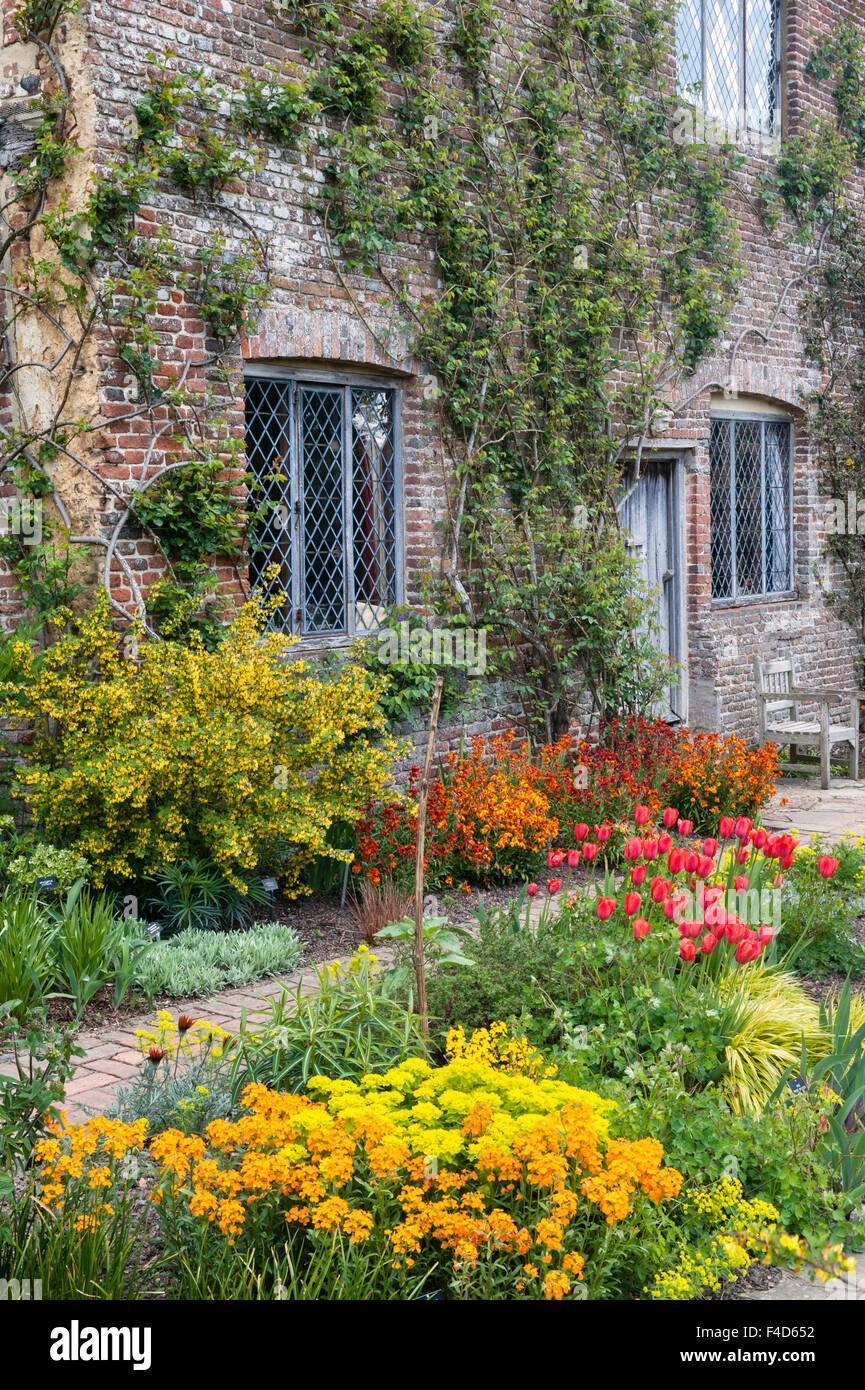 Sissinghurst Castle, Kent, UK. Famous garden made by Vita Sackville-West. The Cottage Garden - Stock Image