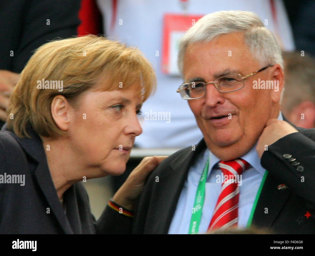 Angela Merkel Nuda out please stock photos & out please stock images - alamy