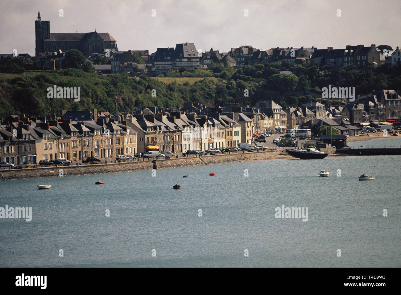France, Brittany, Ille-et-Vilaine, Cancale, Morning view of town. (Large format sizes available) - Stock Image