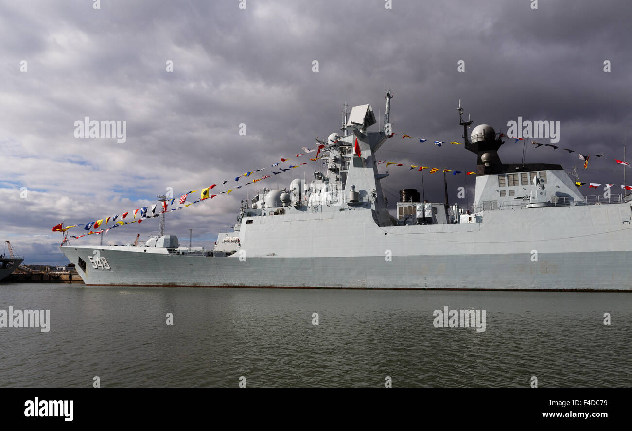 Frigate FFG Yiyang (548) moored in Helsinki on the very first Chinese naval visit to Finland in history. - Stock Image