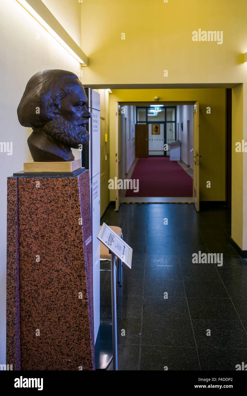 Germany, Berlin, Stasi Museum, DDR-era secret police museum in former secret police headquarters, bust of Karl Marx Stock Photo