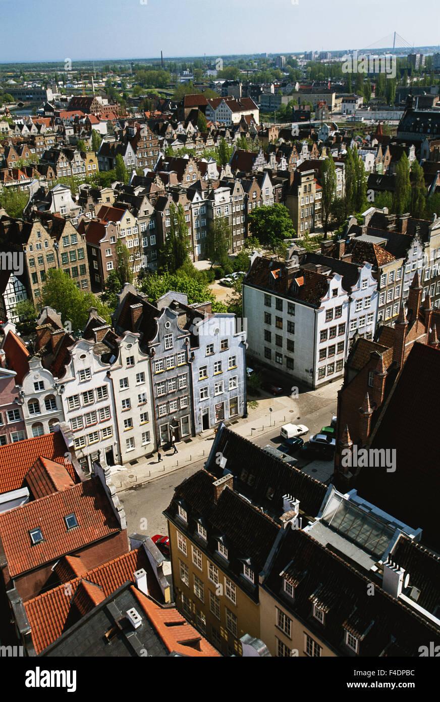 Poland, Pomerania, Gdansk. St. Mary's Basilica and houses. (Large format sizes available) - Stock Image