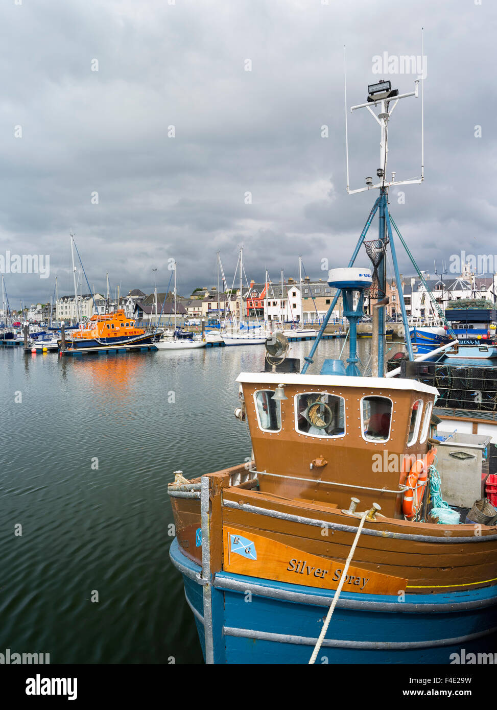 Stornoway, the largest town. Harbor with fishing boats and yachts. Europe, Scotland (Large format sizes available) - Stock Image