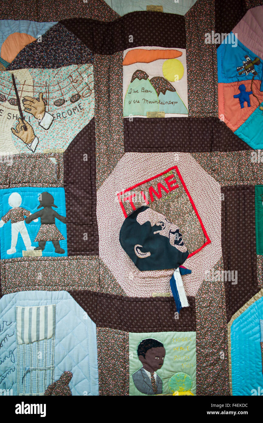 Georgia, Atlanta, Martin Luther King National Historic Site, King Center for non-Violent Social Change, quilt featuring - Stock Image