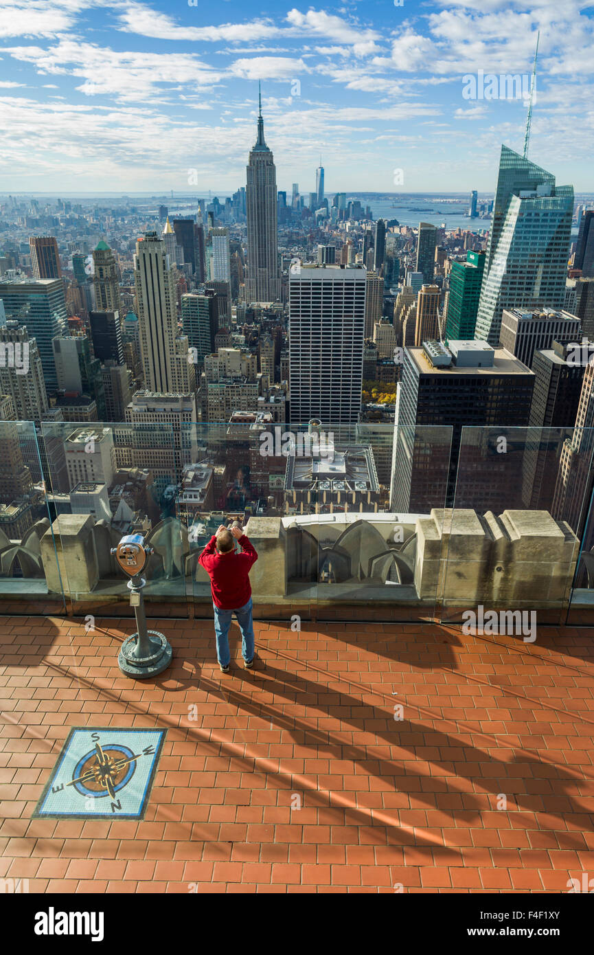 USA, New York, New York City, Manhattan view from atop the 30 Rock viewing Platform - Stock Image