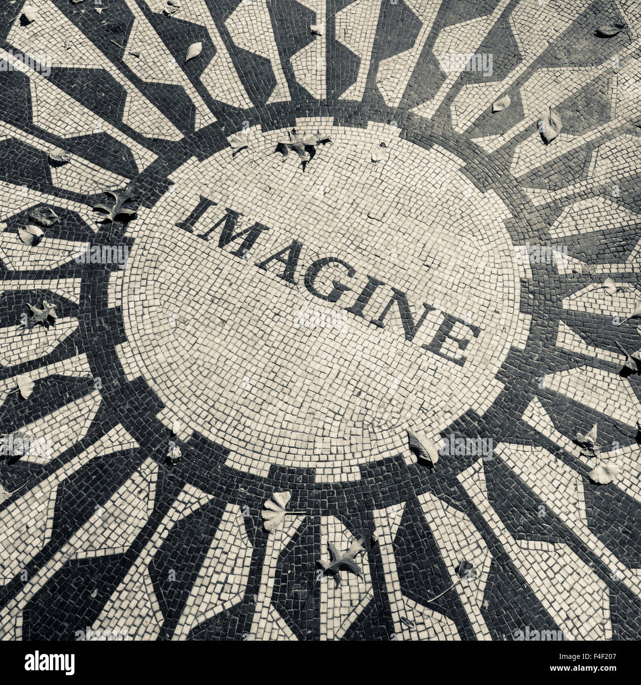 USA, New York, New York City, Central Park, John Lennon Memorial, Imagine, Strawberry Fields (Large format sizes - Stock Image
