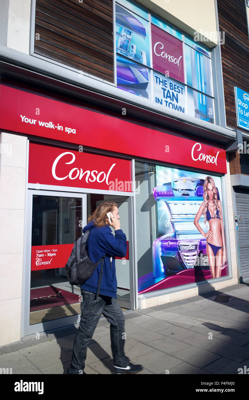 Consol tanning shop, UK - Stock Image