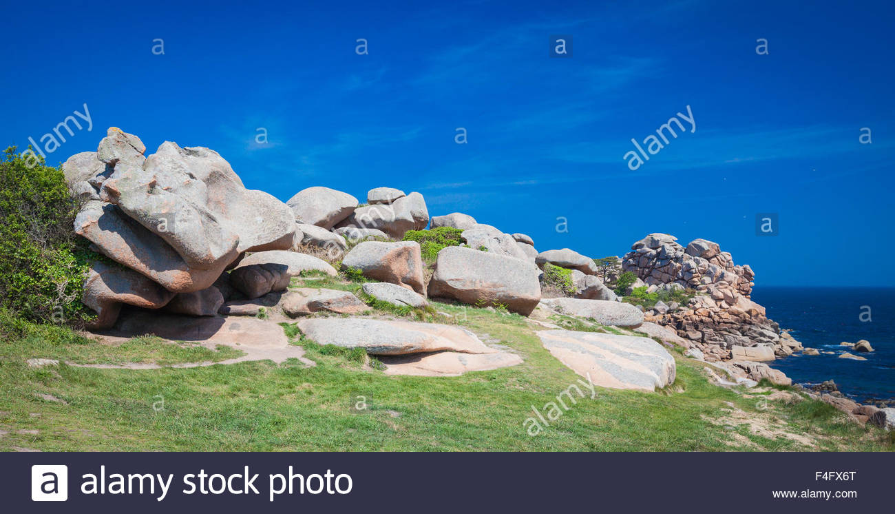 Ploumanach Cotes granites rose Brittany France - Stock Image