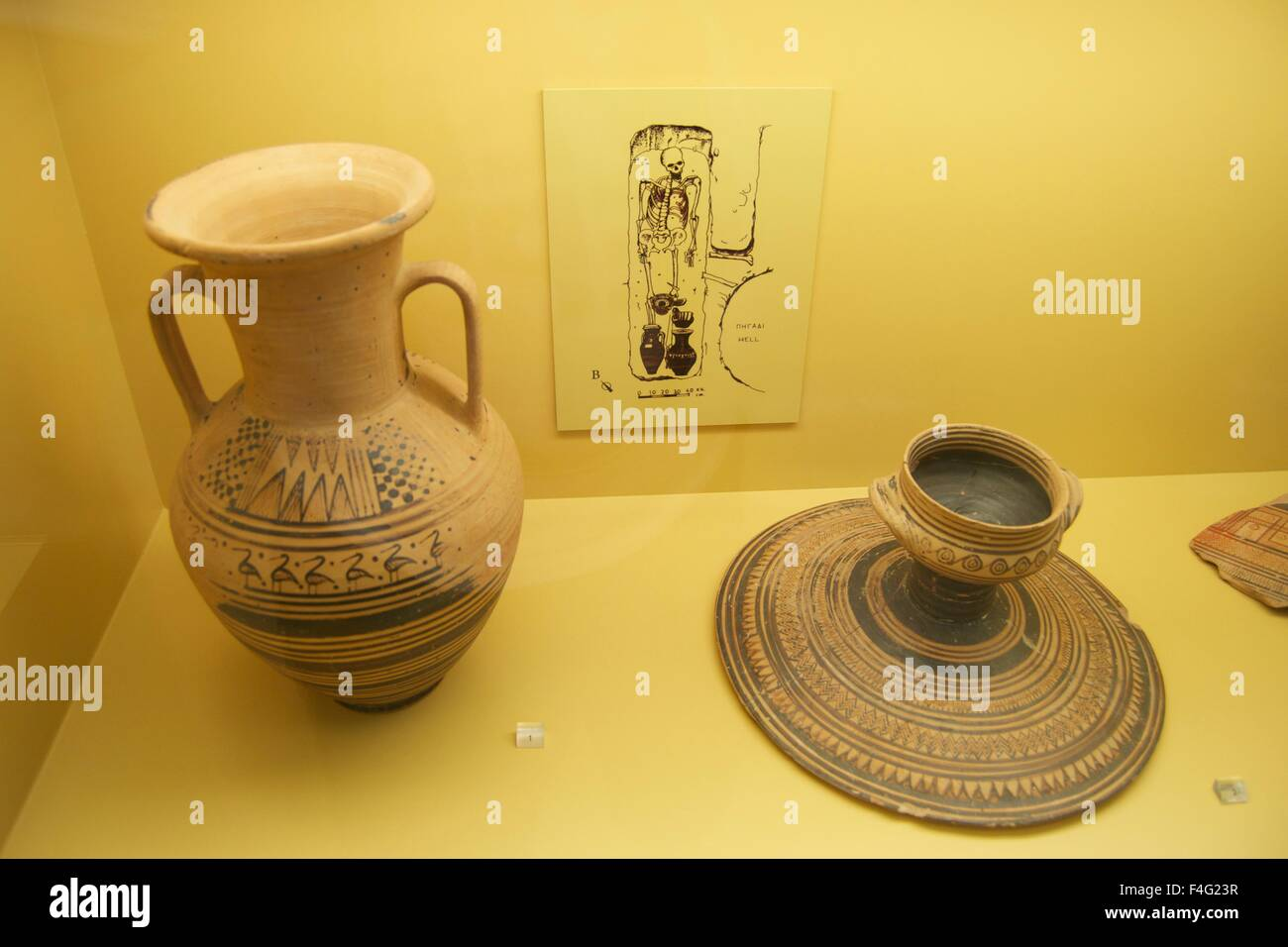 Ancient Greek artifact pottery museum culture clay & Ancient Greek artifact pottery museum culture clay Stock Photo ...
