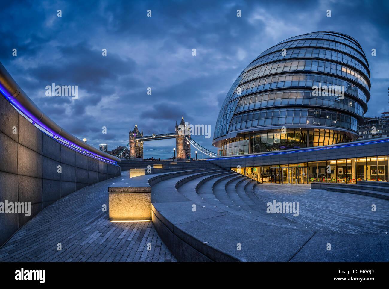 Sunrise, City Hall, Tower Bridge, London - Stock Image