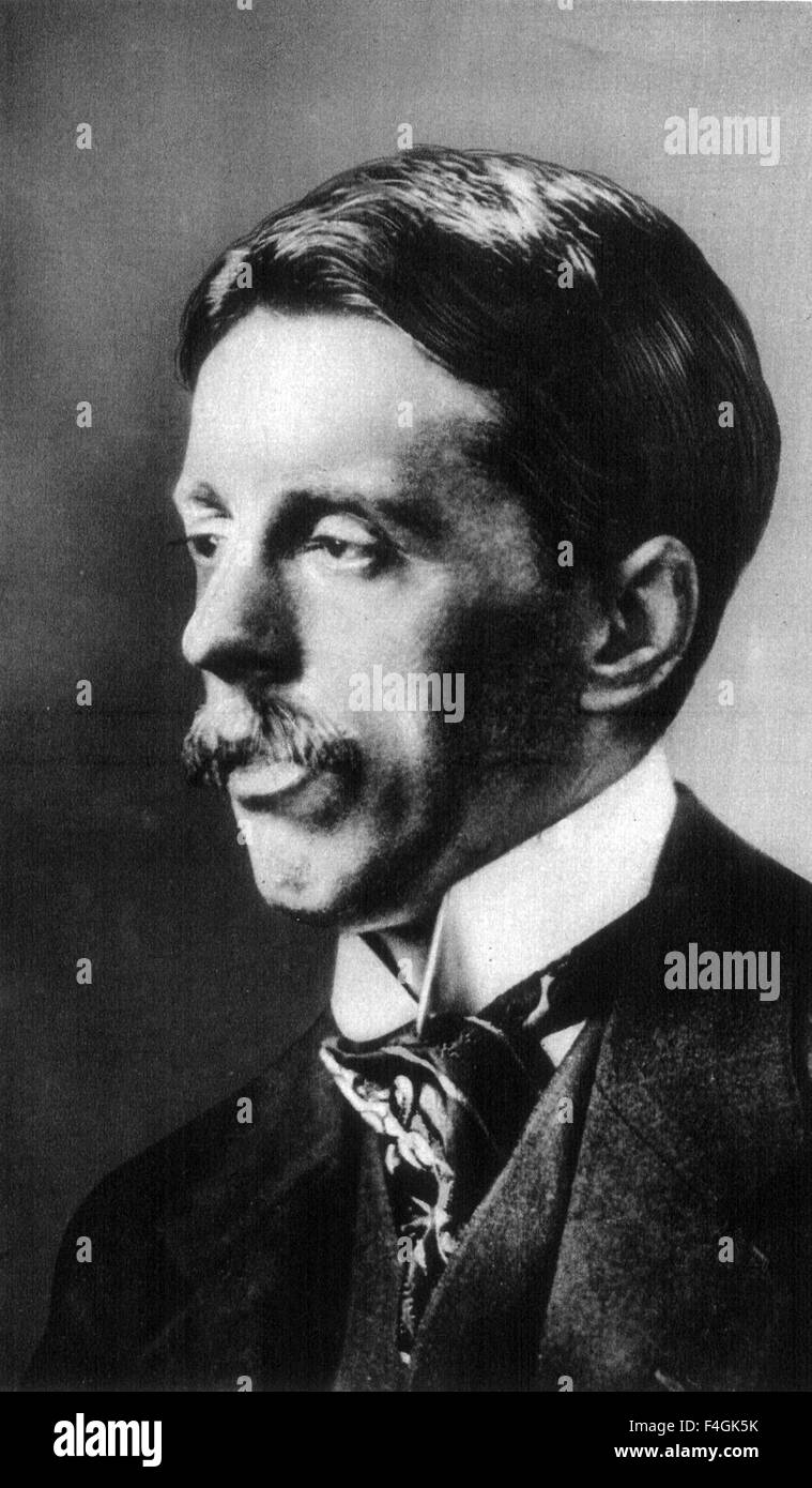 ARNOLD BENNETT (1867-1931) English author about 1915 - Stock Image