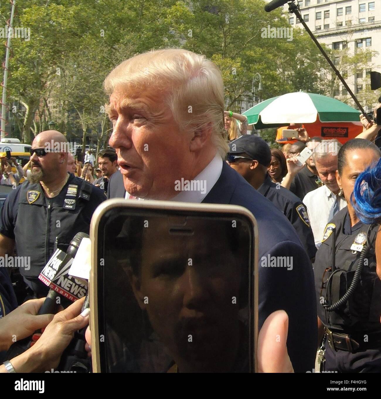 Donald Trump Leaving Jury Duty Stock Photos & Donald Trump Leaving