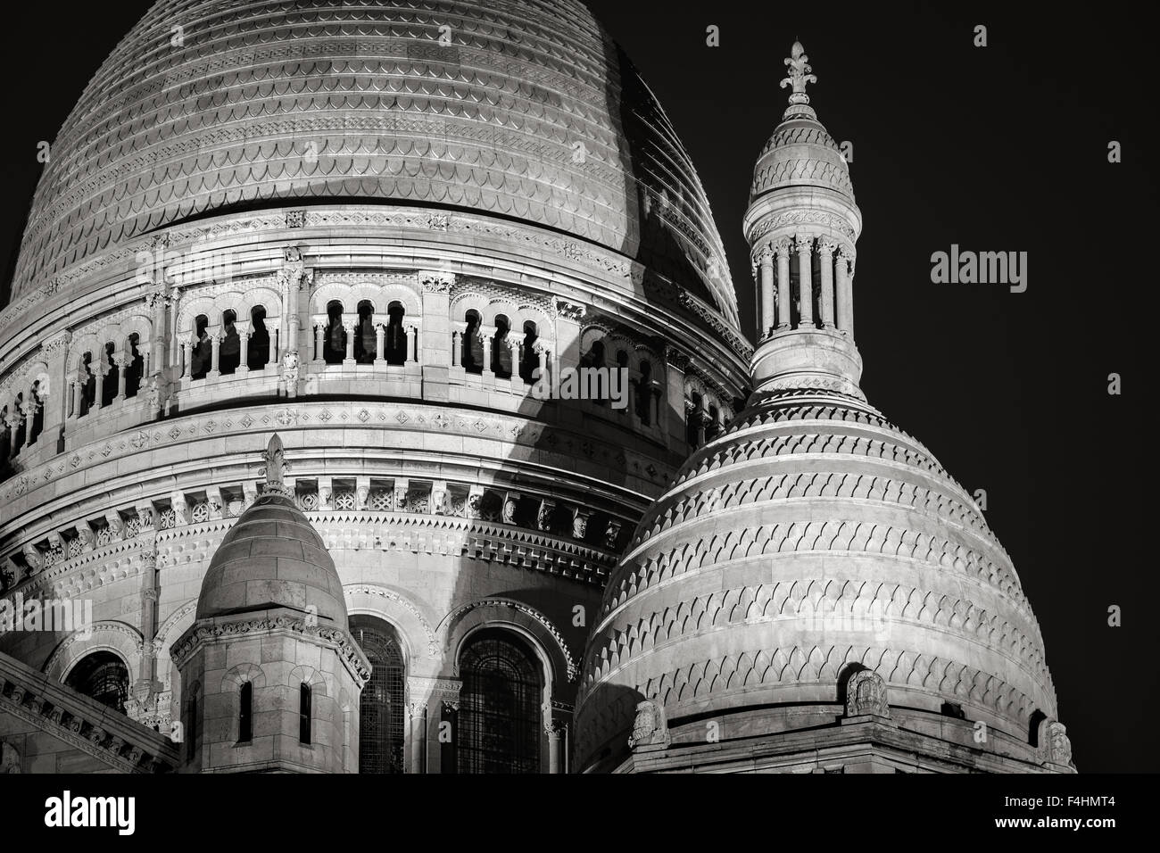 Detail of the Domes of Sacré Coeur Basilica (Basilica of the Sacred Heart) at night, Montmartre, 18th, Paris, - Stock Image