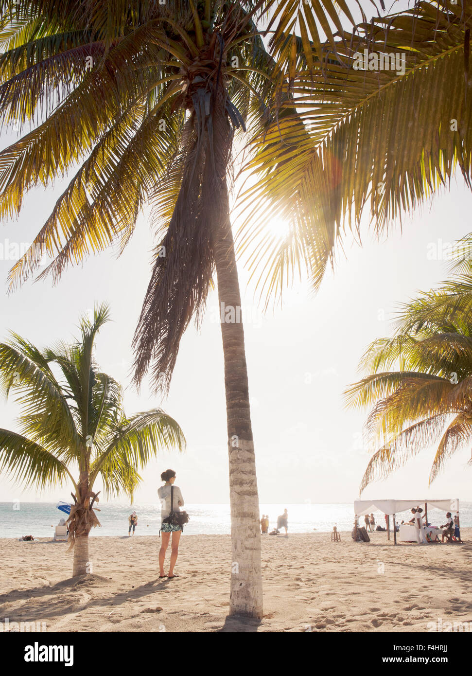 The main beach on Isla Mujeres, an island off Cancun, in Quintana Roo, Mexico. - Stock Image