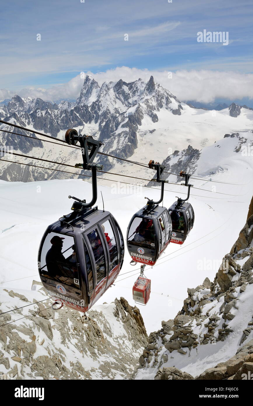 Cable cars approaching Aiguille du Midi, Mont Blanc Massif, Chamonix, French Alps, Haute Savoie, France, Europe - Stock Image