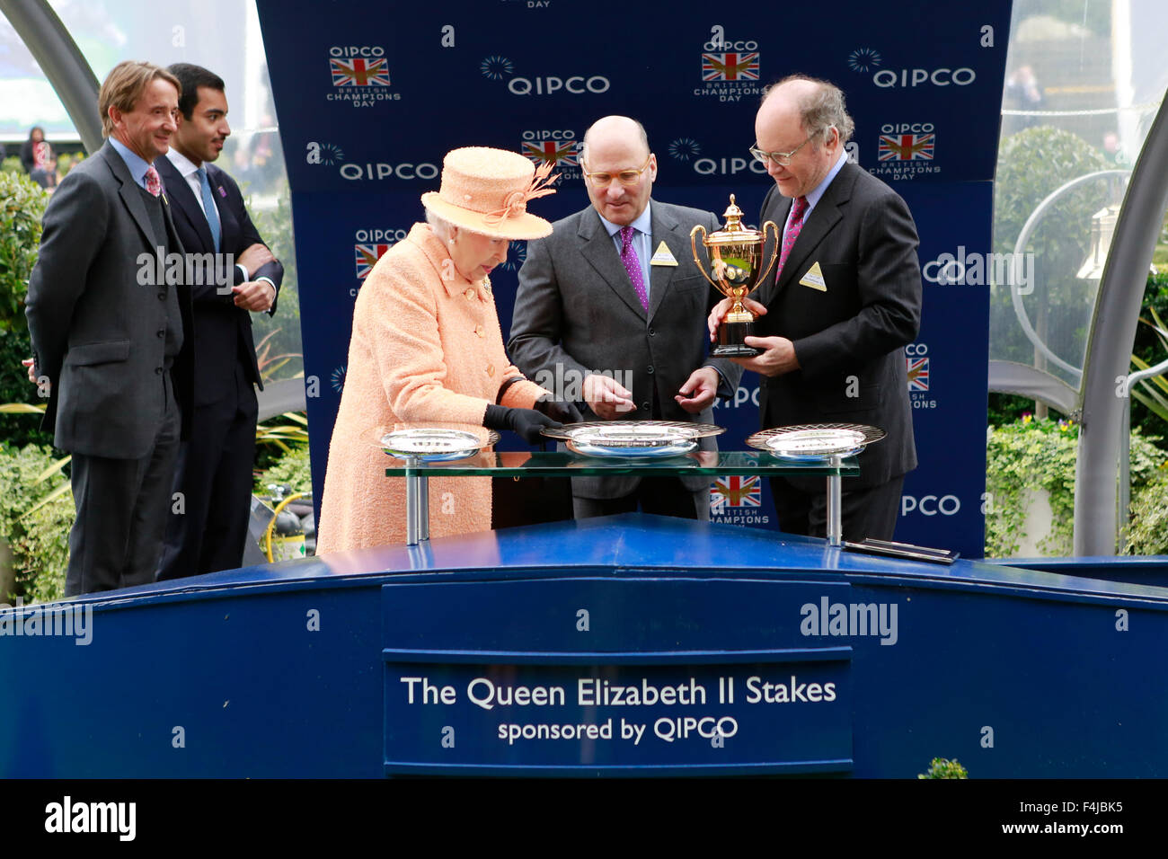 17.10.2015 - Ascot; Winners presentation with Johnny Weatherby (Duke of Devonshire as The Queen's representative), - Stock Image