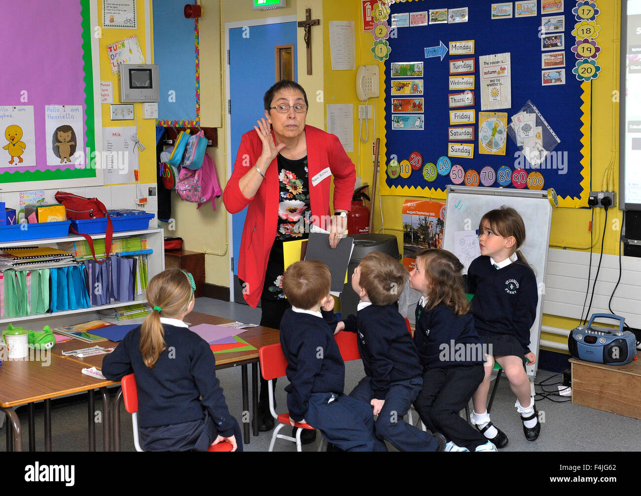 Primary school children in Northern Ireland learning French language. ©George Sweeney/Alamy - Stock Image