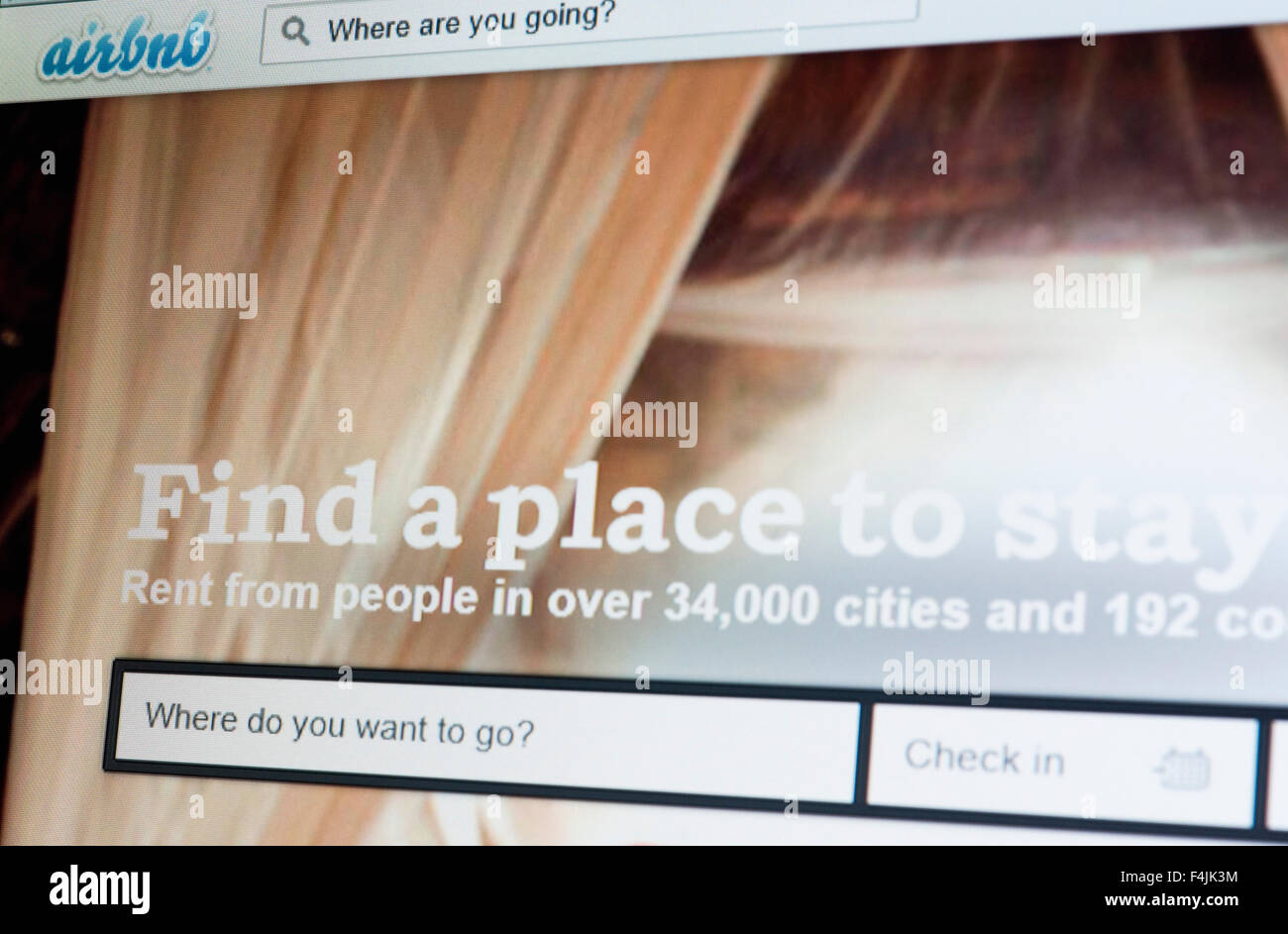 Airbnb web site - Stock Image