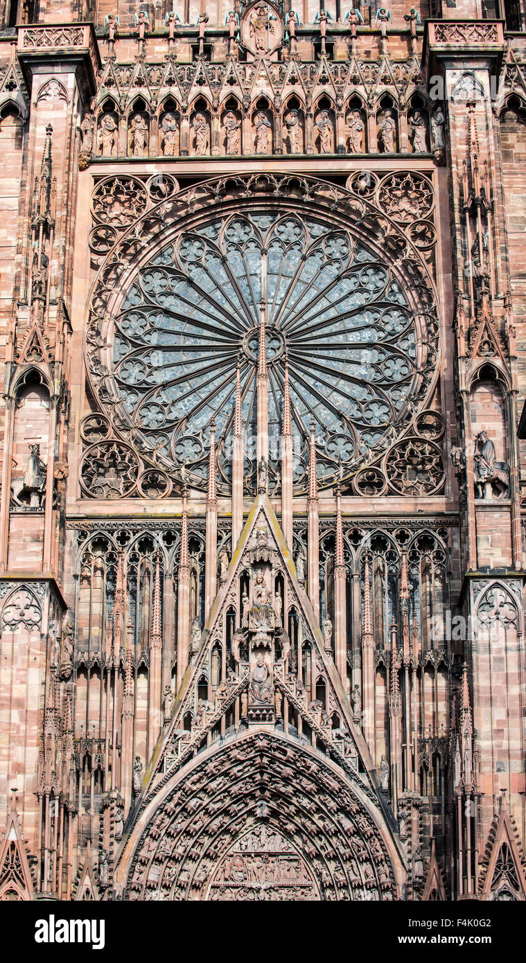 Rose window, archivolts and tympanum from the Cathedral of Our Lady of Strasbourg / Cathédrale Notre-Dame de - Stock Image