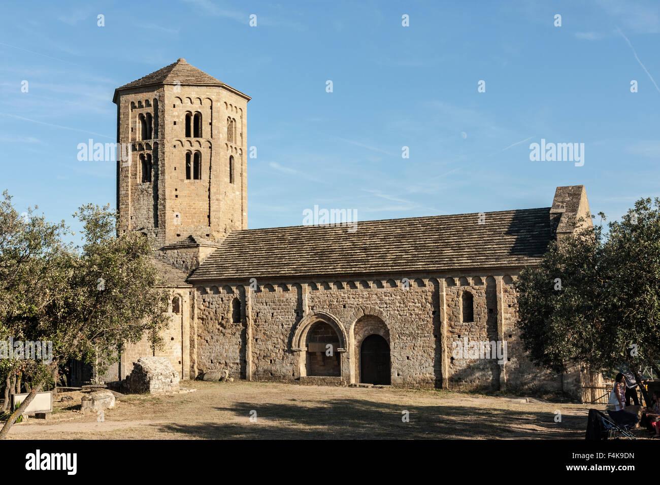 Colegiata de Sant Pere, Ponts. XII century. - Stock Image