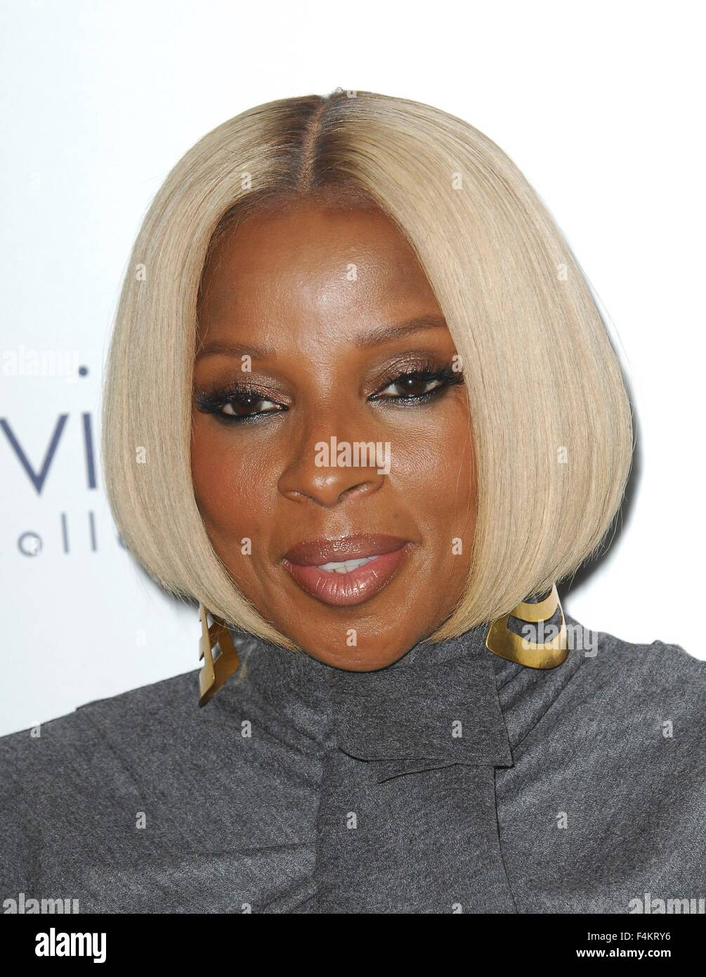 Los Angeles, CA, USA. 19th Oct, 2015. Mary J. Blige at arrivals for 2015 ELLE Women in Hollywood Awards, Four Seasons - Stock Image