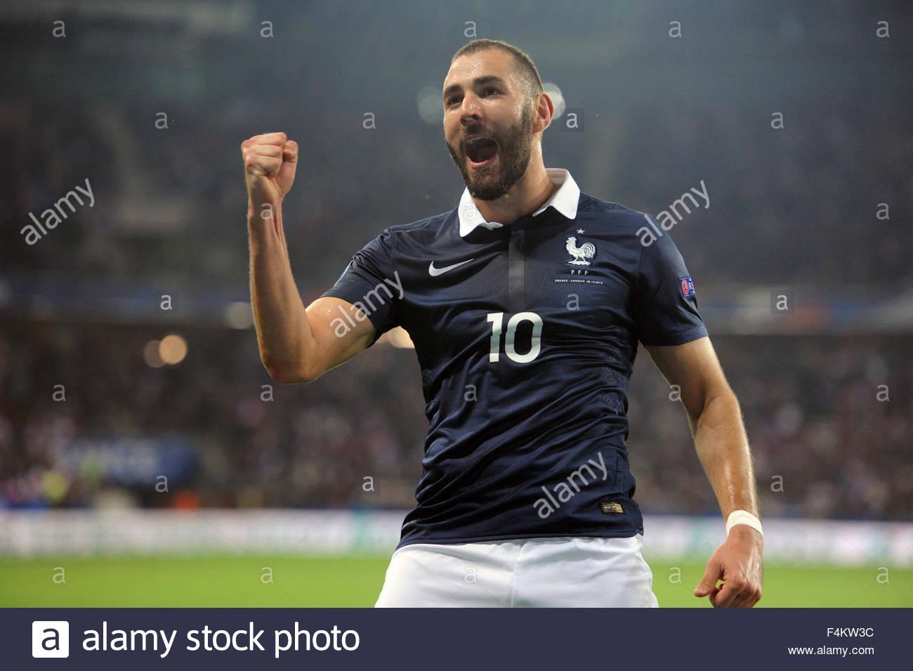 Nice France 8th October 2015 International Friendly France vs Armenia Karim Benzema celebrates his first goal in Stock Photo
