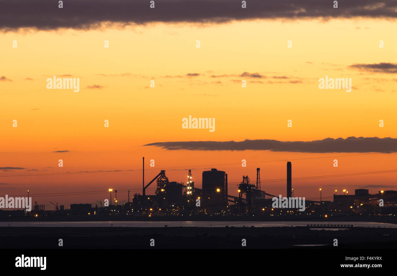 Billingham, UK. 20th Oct, 2015. UK Weather: The now closed Redcar Steelworks silhouetted against a glorious sky - Stock Image