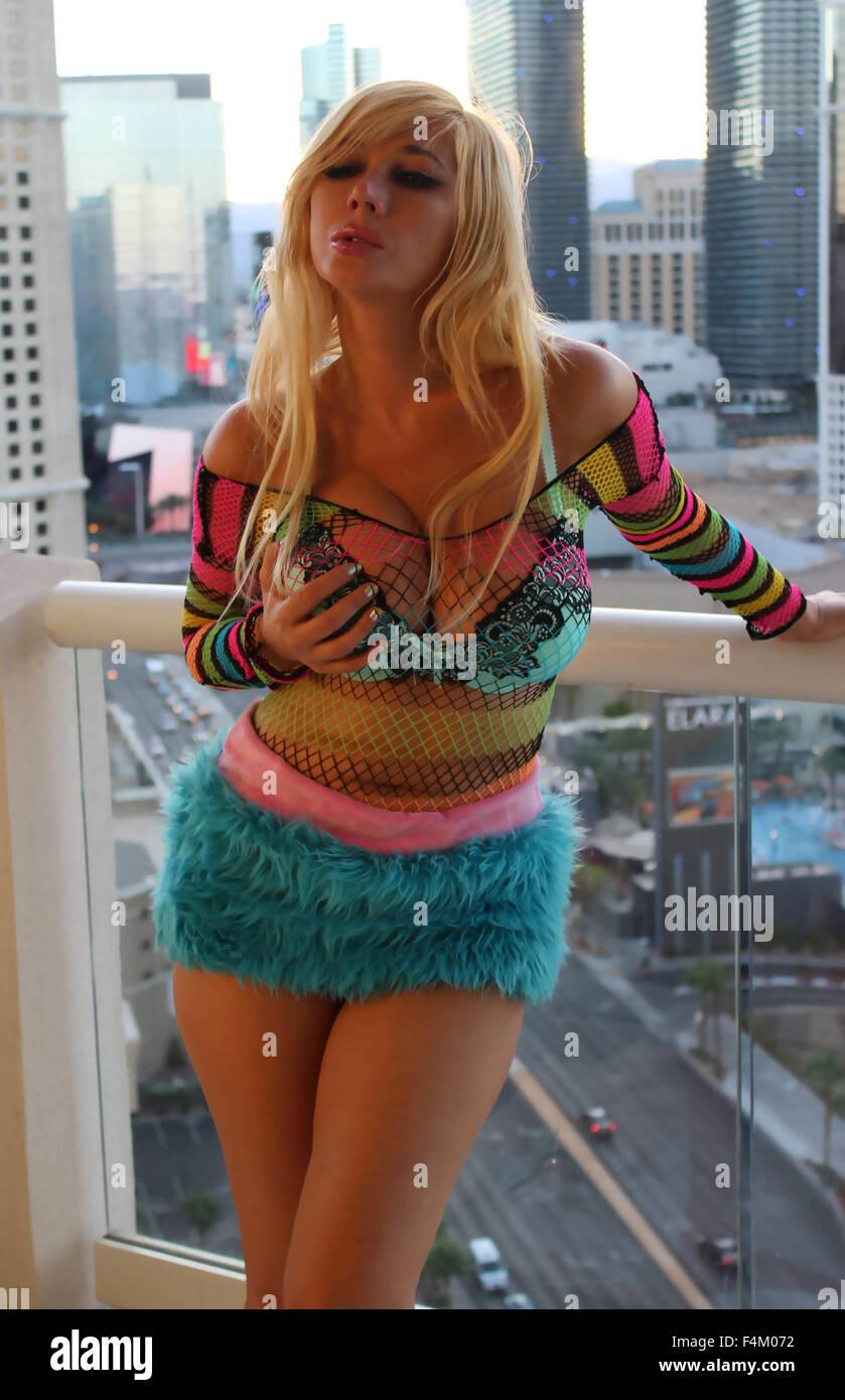 Fappening Nadeea Volianova naked (93 foto and video), Topless, Bikini, Feet, butt 2018