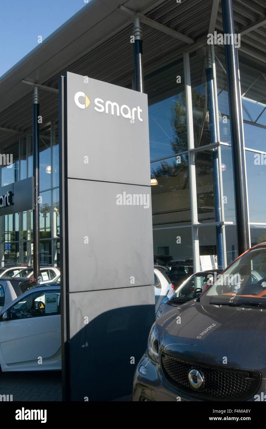 smart car cars dealer dealers dealership Mercedes Benz brand brands - Stock Image