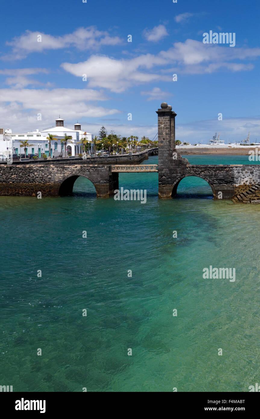 Puente de las Bolas (Bridge of the Balls) drawbridge Arricife  capital city of Lanzarote, Canary Islands, Spain. Stock Photo