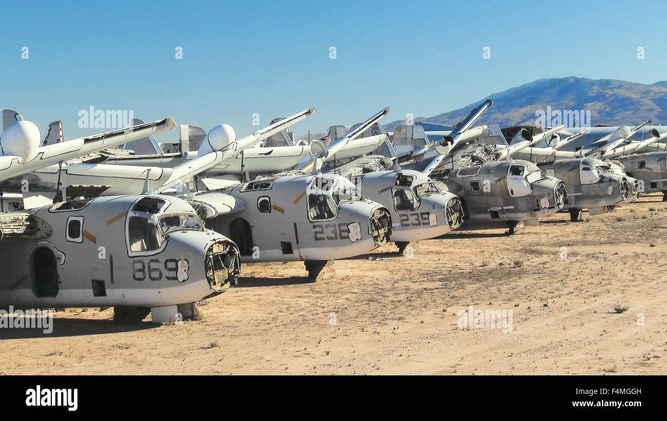 Arizona Air Force Base >> Storage Area For Retired Military Aircraft At Davis Monthan