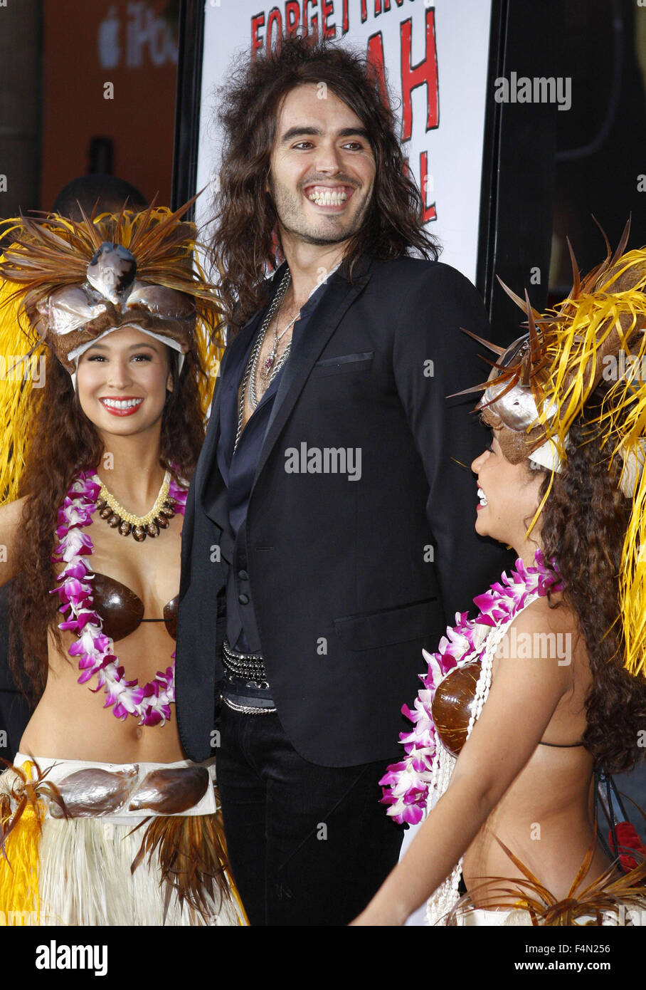 10/04/2008 - Hollywood - Russell Brand arrives to the World Premiere of 'Forgetting Sarah Marshall' held - Stock Image