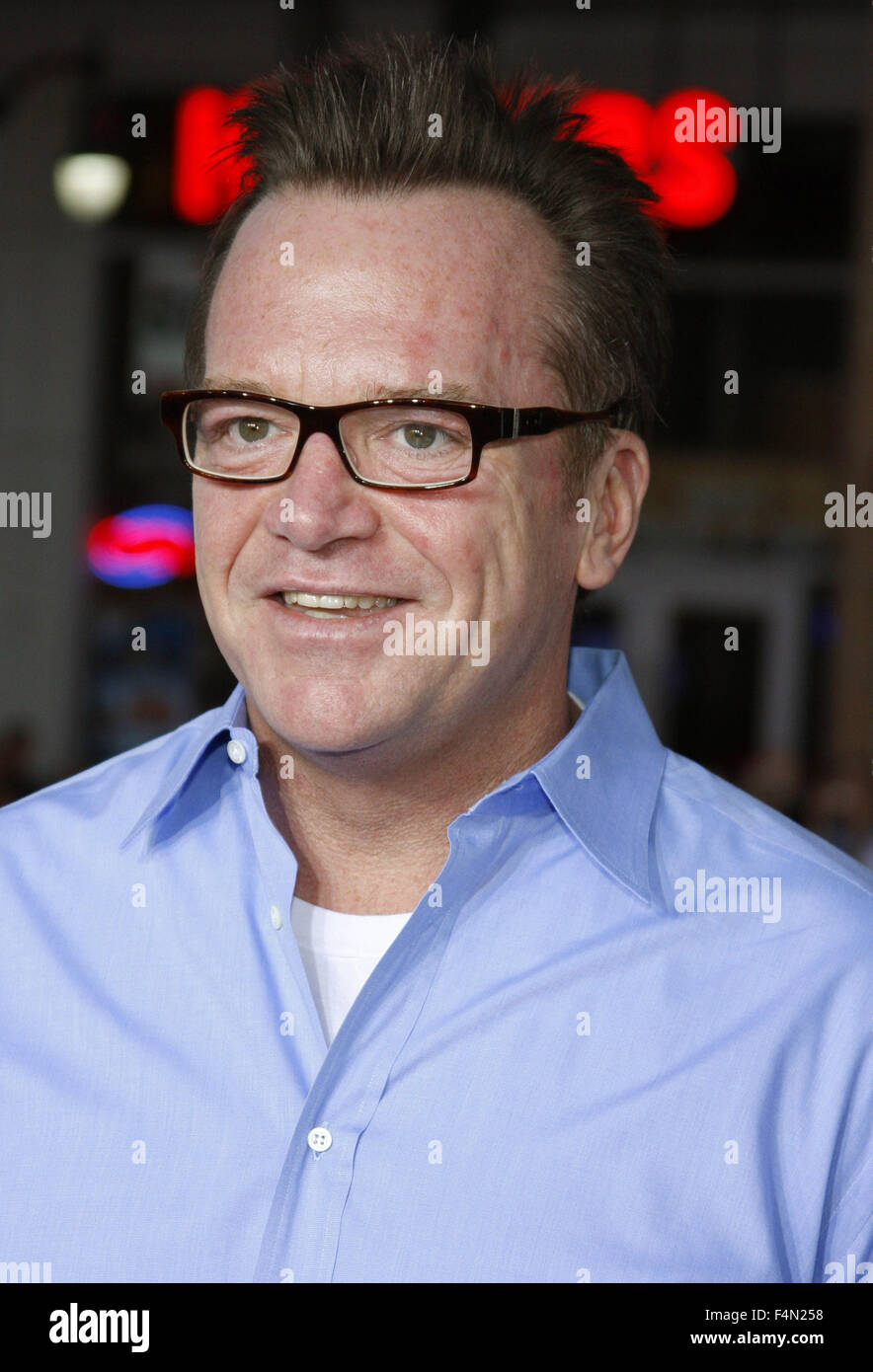 10/04/2008 - Hollywood - Tom Arnold arrives to the World Premiere of 'Forgetting Sarah Marshall' held at - Stock Image