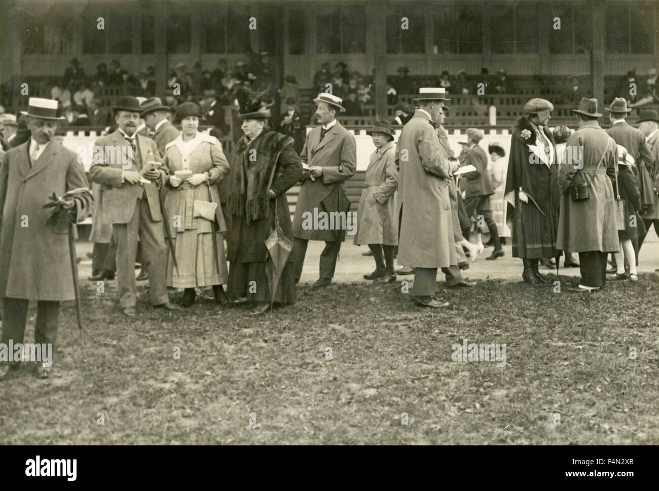 Spectators at the racecourse - Stock Image