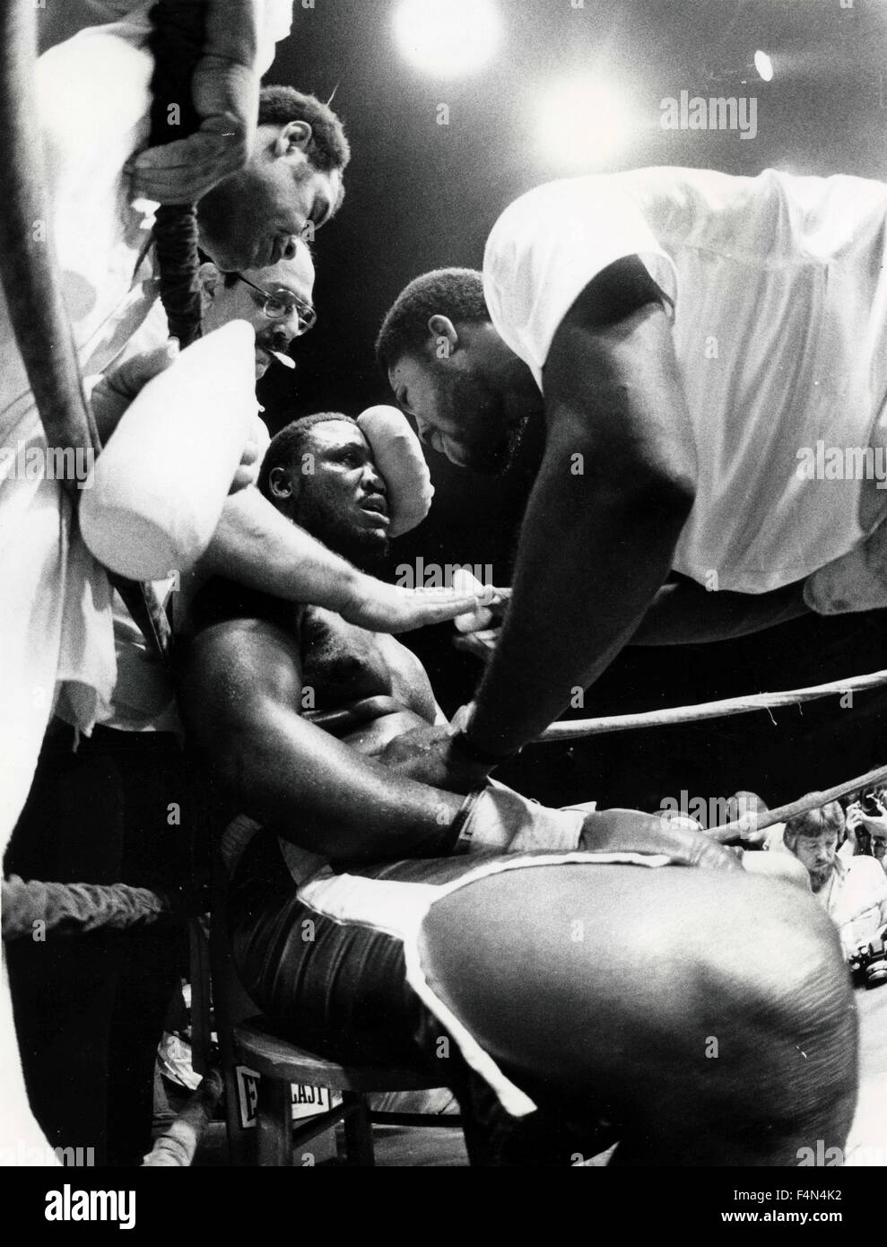 Joe Frazier in a boxing match, USA - Stock Image