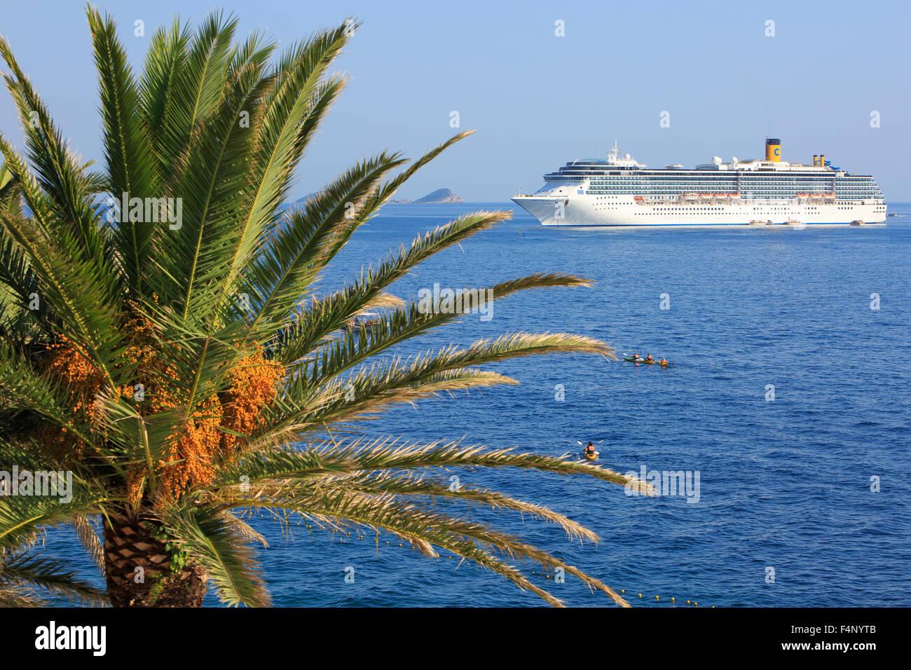 The Costa Mediterranea for anchor in Dubrovnik, Croatia - Stock Image