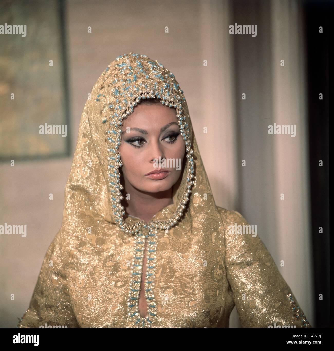 Sophia Loren / Arabesque 1966 directed by Stanley Donen - Stock Image