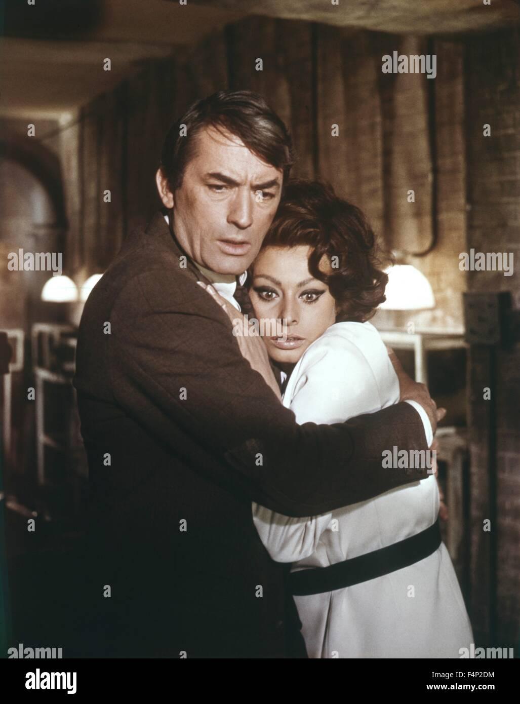Sophia Loren, Gregory Peck/ Arabesque 1966 directed by Stanley Donen - Stock Image
