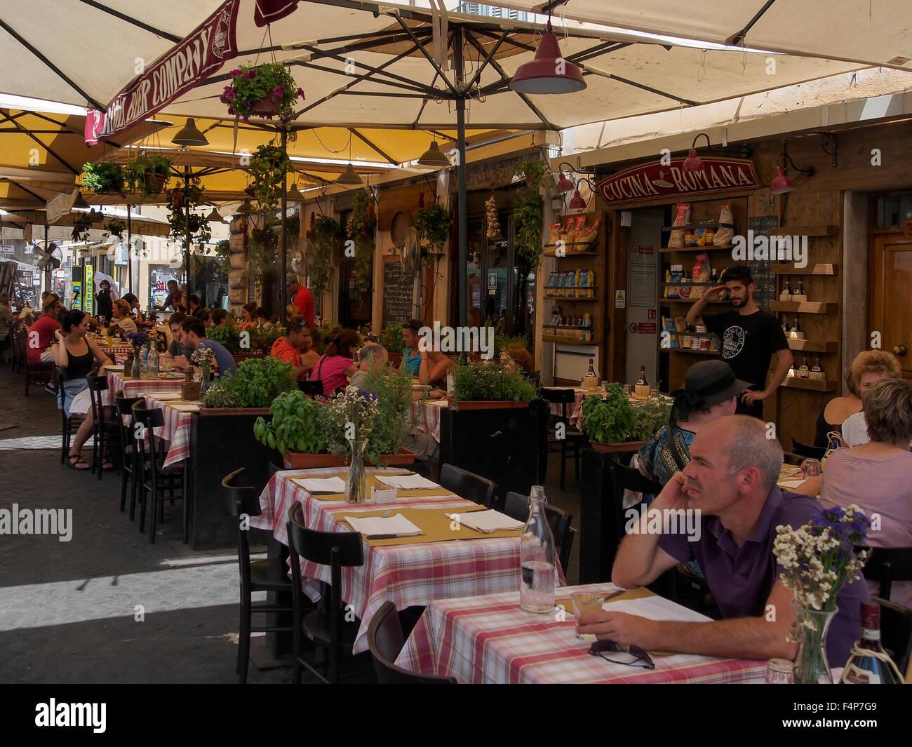 Small street Cafe by Mercato Campo de' Fiori Market in Rome - Stock Image