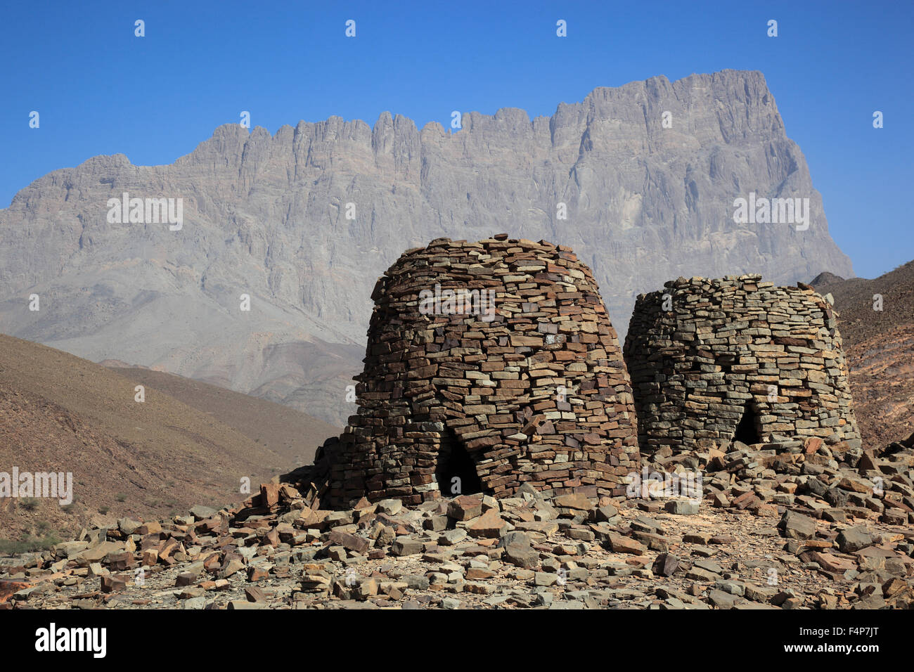 The beehive graves of Al-Ayn are because of her good condition and the situation on the edge of the Jebel Misht - Stock Image