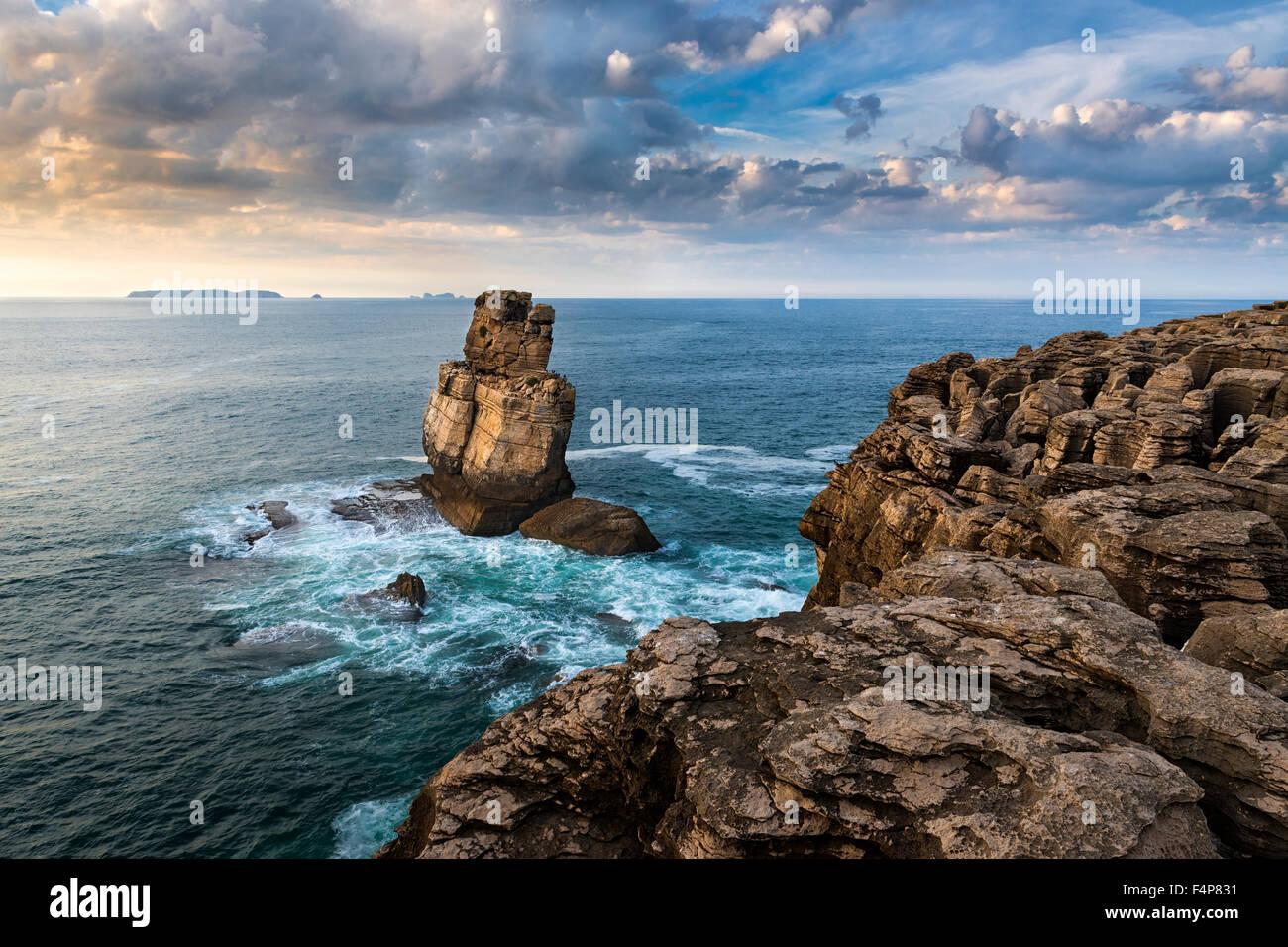 Nau dos Corvos in the Carvoeiro Cape, Peniche, Portugal - Stock Image