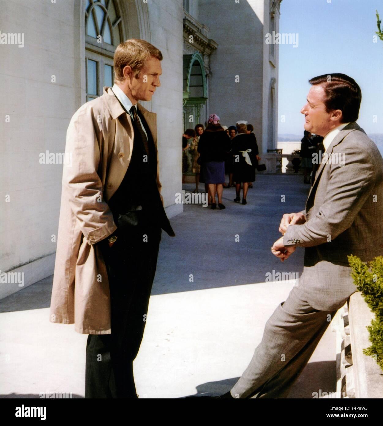Robert Vaughn, Steve McQueen / Bullitt 1968 directed by Peter Yates - Stock Image