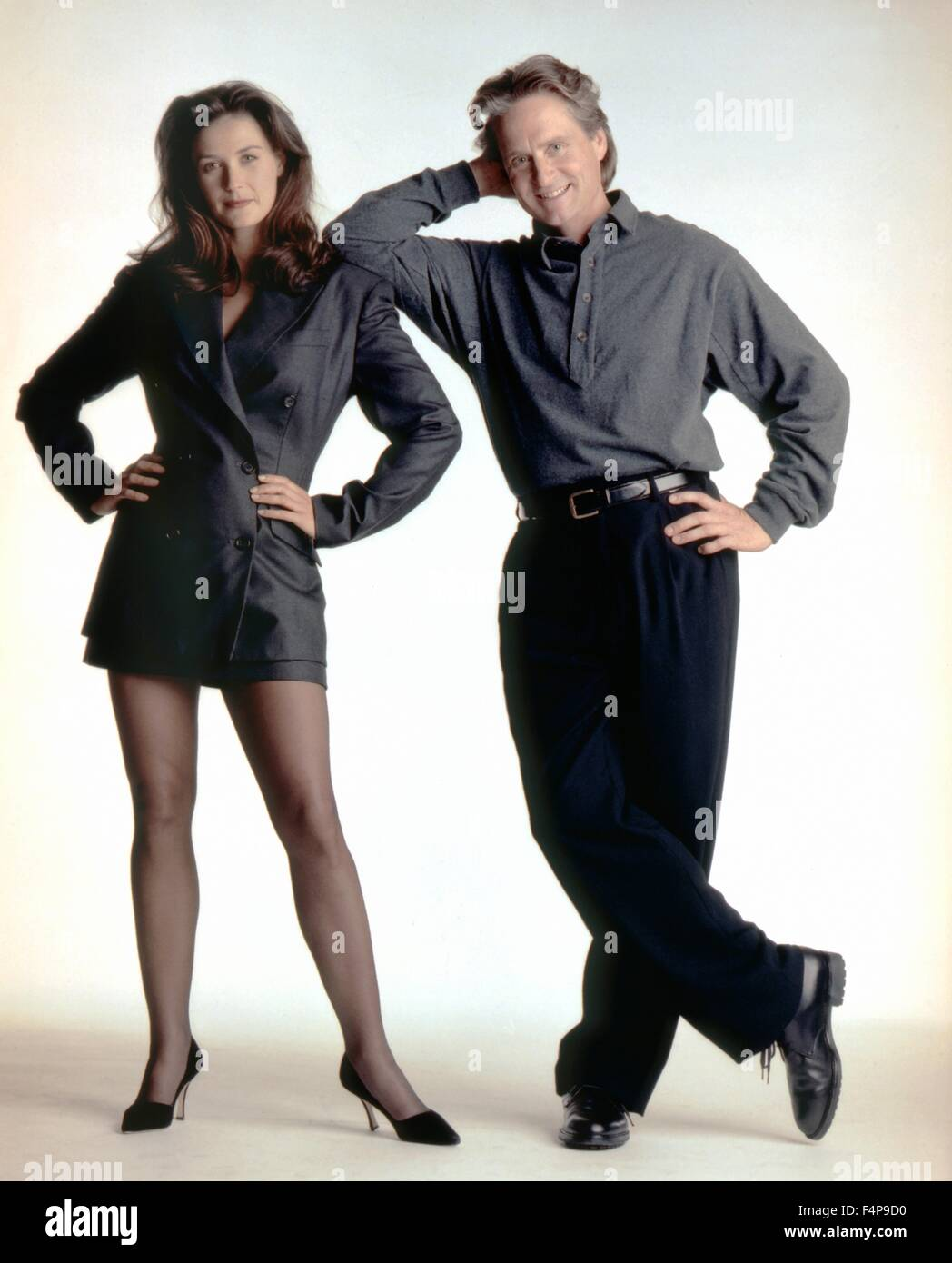 Demi Moore Michael Douglas Disclosure 1994 Directed By Barry Stock Photo Alamy