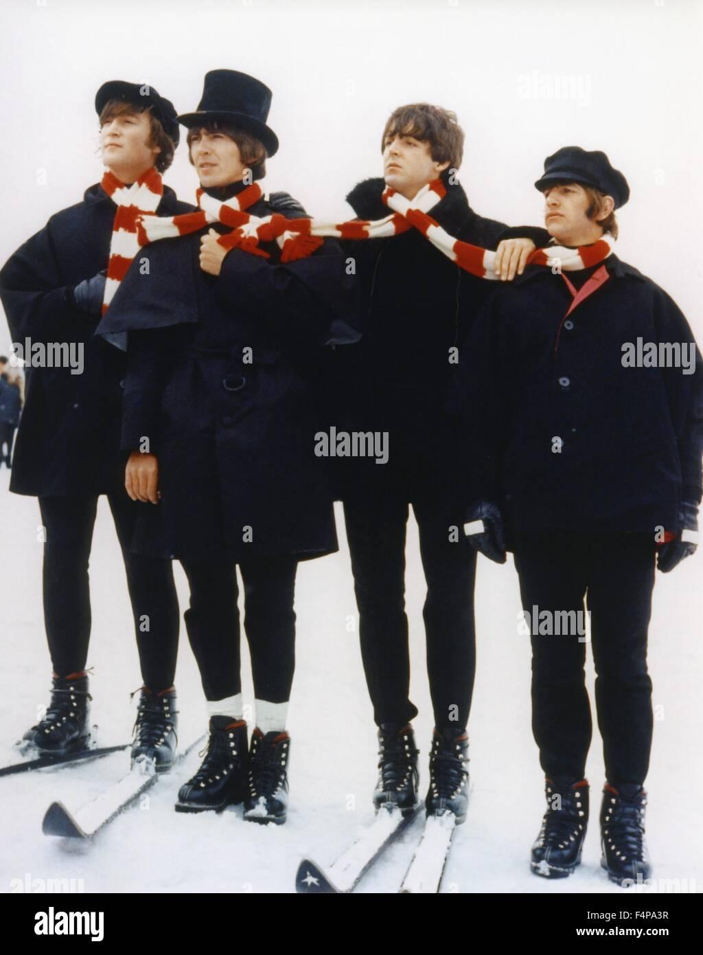 John Lennon, George Harrison, Paul McCartney, Ringo Starr / Help! 1965 directed by George Cukor - Stock Image