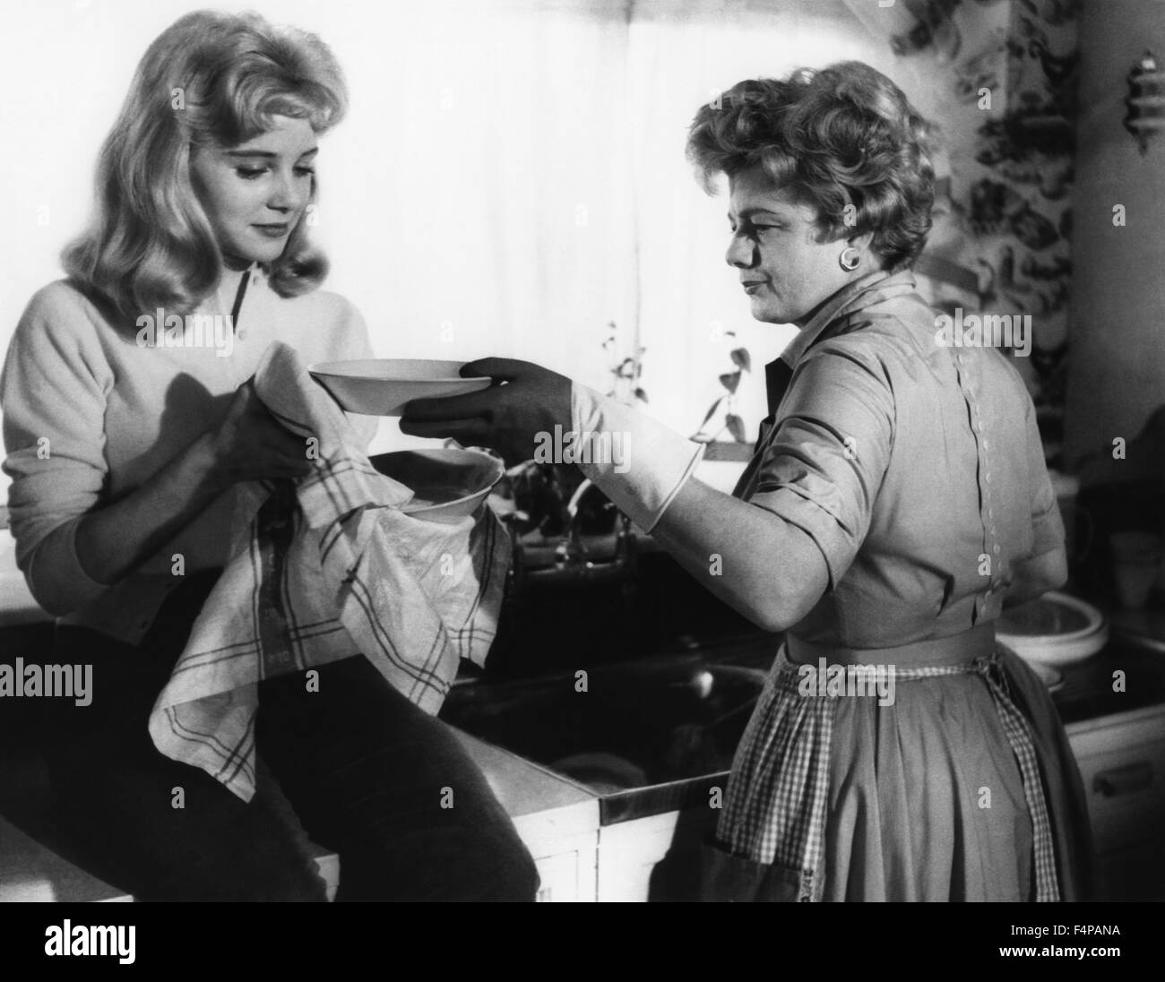 Sue Lyon, Shelley Winters / Lolita 1962 directed by Stanley Kubrick - Stock Image