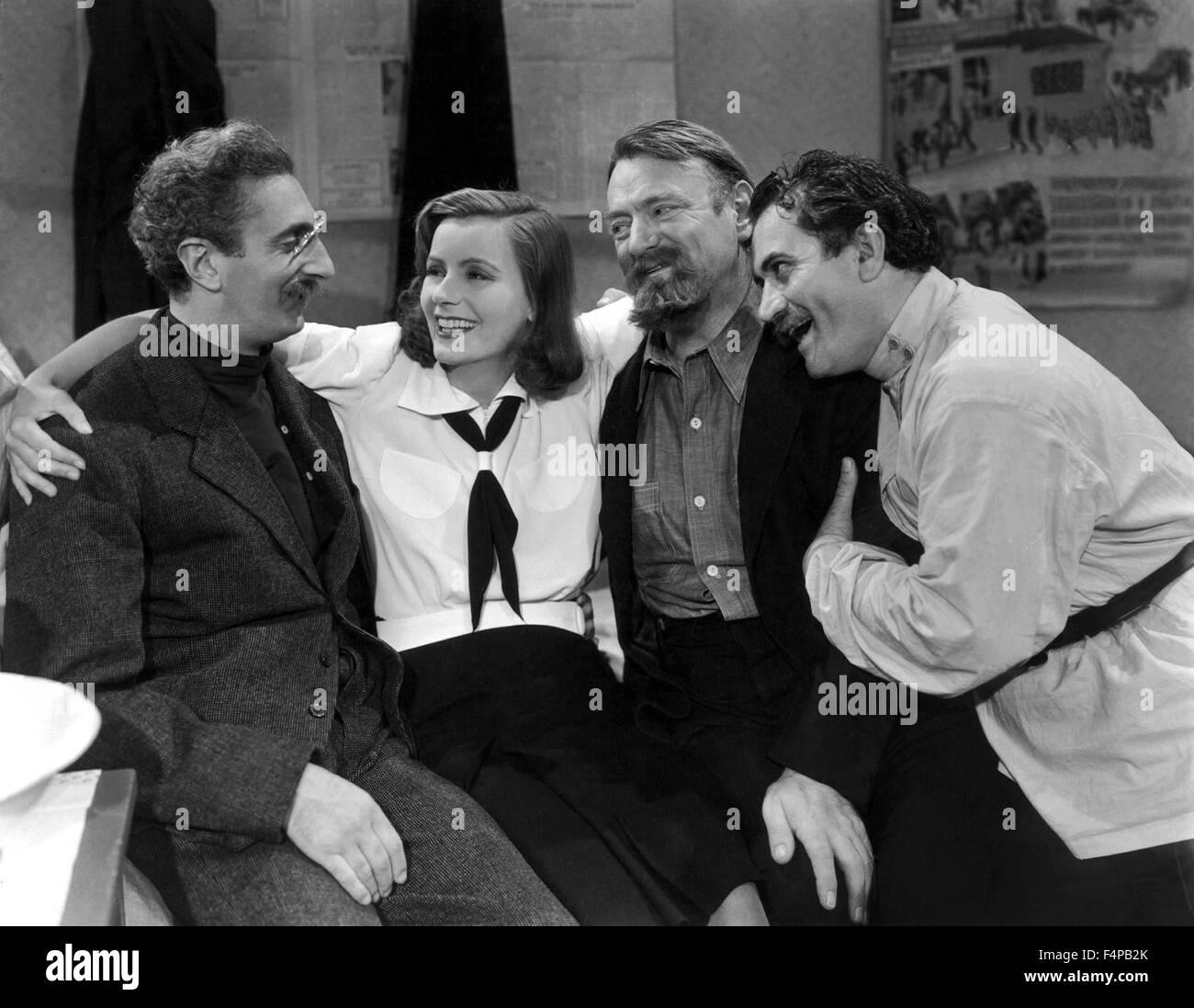 Sig Rumann, Greta Garbo, Felix Blessart, Alexander Granach / Ninotchka 1939 directed by Ernst Lubitsch - Stock Image