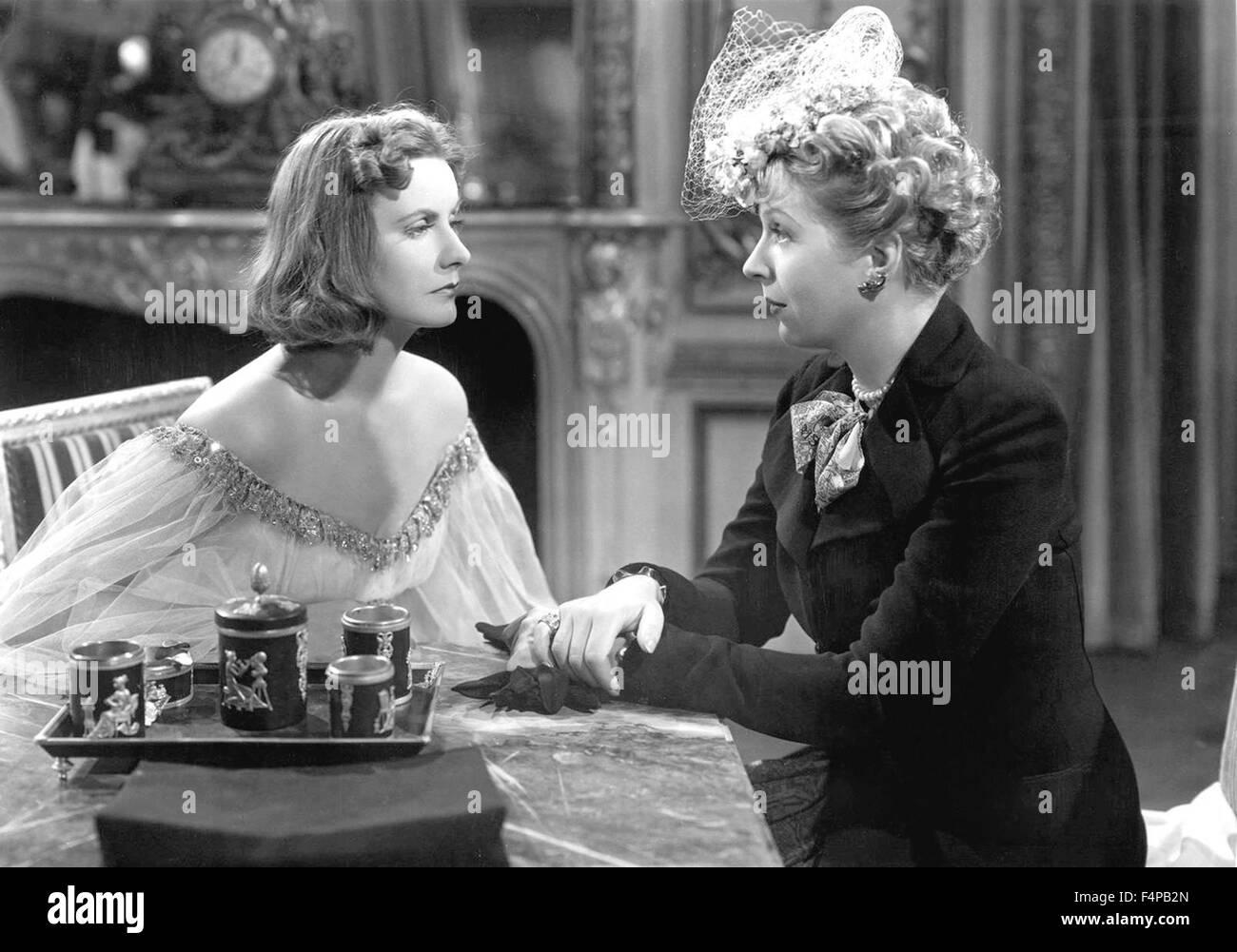 Greta Garbo, Ina Claire / Ninotchka 1939 directed by Ernst Lubitsch - Stock Image