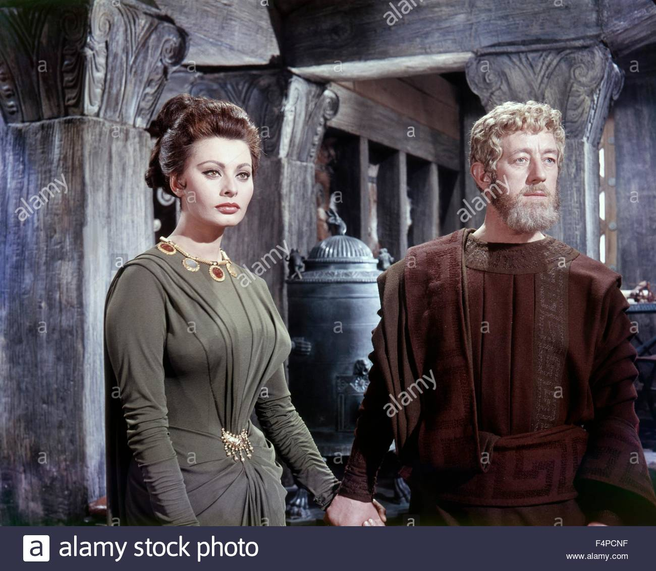 Sophia Loren, Alec Guinness / The Fall Of The Roman Empire 1963 directed by Anthony Mann - Stock Image