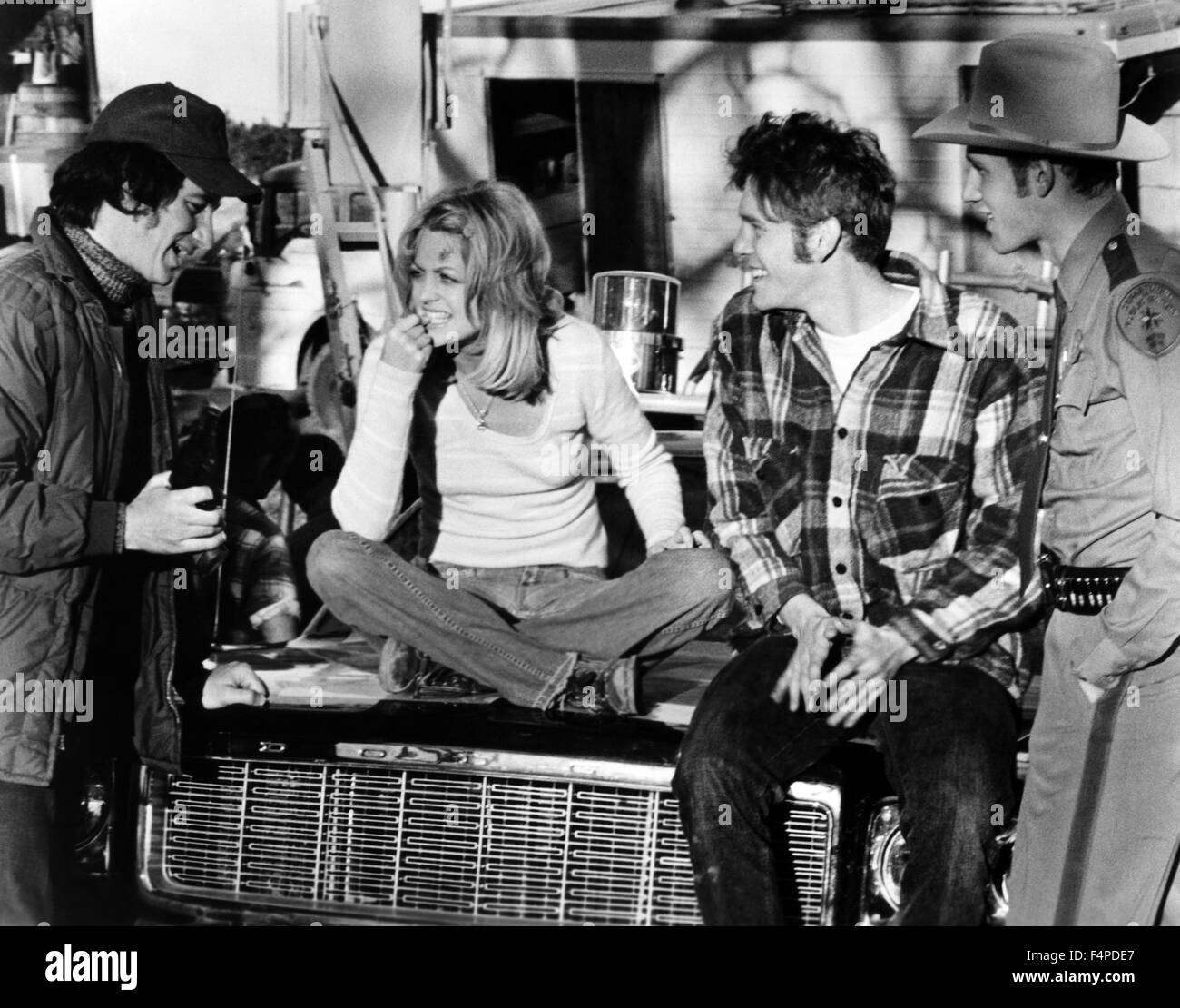 Steven Spielberg, Goldie Hawn, William Atherton, Michael Sacks / The Sugarland Express 1974 directed by Steven Spielberg - Stock Image